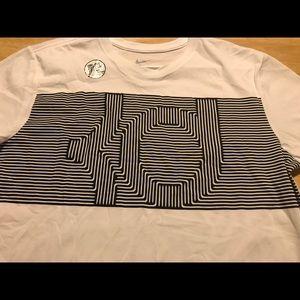 75f6ea84aca4 Nike Shirts - Men s The Nike Tee Dri Fit Cotton Athletic Cut Lg